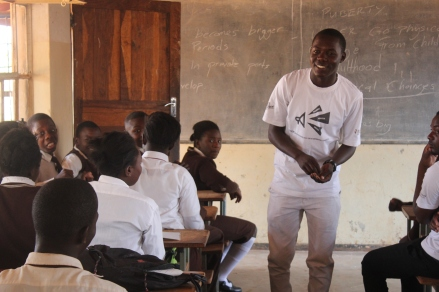 A young volunteer on our Tikembe! (Let's talk!) programme leading a sexual reproductive health & rights session in Mwashi Primary School, Zambia. (PC Restless Development/ Gemma Munday)